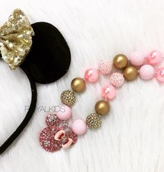 Minnie Mouse Chunky Necklace, bubblegum necklace, Baby girls necklace, Birthday princess necklace, sparkle necklace, pink and gold necklace by Royalkidsco on Etsy https://www.etsy.com/listing/498162597/minnie-mouse-chunky-necklace-bubblegum