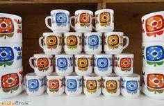 Vaisselle Vintage ... Tasses ou Mini Mugs arcopal MOBIL ... sur www.mulubrok.fr ...