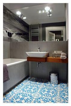 desiretoinspire.net - Lucyna's latestproject - carrelage + miroir