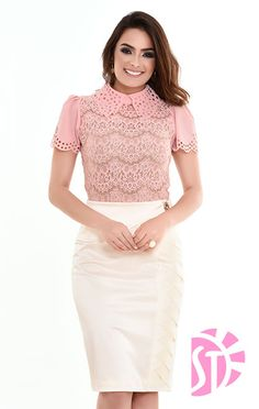 SAIA 03330 - Clássica Moda Evangélica Royal Clothing, White Skirts, Pink Tops, Blouse Designs, New Look, Lace Skirt, How To Look Better, Style Inspiration, Hair Styles