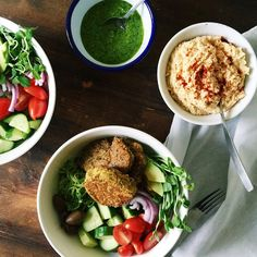 Homemade falafels on a bed of zucchini noodles with smoked paprika hummus and parsley pesto, some veggies for good measure and a sprinkle of dukkah (because I couldn't find the pepper). Tuesday never tasted so good! #followback #food #foodofinstagram