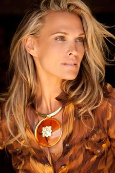 Molly Sims: soft autumn