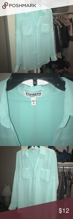 Sea foam Green Express Portofino Blouse Size L Only worn a handful of times! Perfect work blouse or for a night out. Express Portofino blouse collection! Express Tops Blouses