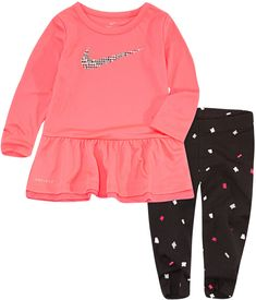 Toddler Nike Outfits, Nike Baby Clothes, Babies Clothes, Toddler Girl Style, Toddler Girl Clothing, Toddler Girls, Little Girl Outfits, Kids Outfits Girls, Baby Girl Nike