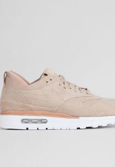 pretty nice 280a7 18438 Nike Womens Air Max 1 Royal LinenSummit White – Voo Store
