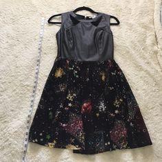 Sans Souci dress 100% polyester Sans Souci Dresses