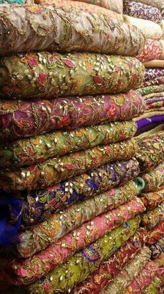 Discover thousands of images about Beautiful fabrics Embroidery On Kurtis, Embroidery Suits, Embroidery Fabric, Pakistani Wedding Outfits, Pakistani Dresses, Indian Dresses, Indian Outfits, Bridesmaid Saree, Tussar Silk Saree