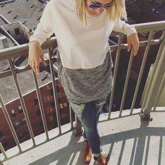 Aujourd'hui notre coup de coeur #lookdujour vient de @egilain avec sa tenue inspirante sous les rayons du soleil!  Tu veux toi aussi te retrouver en vedette sur l'accueil du site? Utilise le tag @lookdujour_ca avec le #lookdujour  #lookdujour #ldj #ootd #sun #friday #cute #modemtl #style #pretty #outfitideas #cestbeau #inspiration #onaime #regram  @egilain