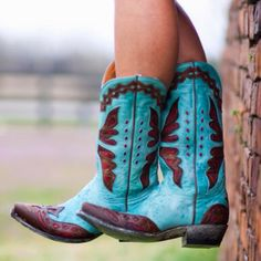 Lizzie would wear teal cowboy boots like this in the novel Shabby Chic Forever