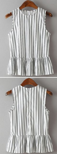 Vertical Striped Sleeveless Peplum Top JUST GORGEOUS! (Love this top - so cool, perfect for day or night, great style! Vertical Stripes, Mode Style, Dress Me Up, Diy Clothes, Spring Summer Fashion, Passion For Fashion, Dress To Impress, Cute Outfits, Womens Fashion
