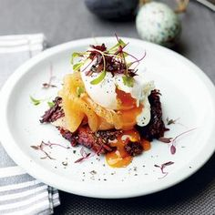Beetroot and potato rosti with smoked salmon and a poached egg. Homes & Gardens. http://www.hglivingbeautifully.com/2016/03/19/8-recipes-for-the-perfect-easter-brunch/