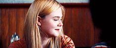 Elle Fanning - Super 8 (2011)  (500×209)