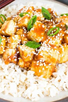 This vegan Sesame Tofu is easy, fast and a satisfying recipe for a weeknight meal. Its cooked golden and then tossed in sweet and savory sauce. It's incredible and amazingly tasty | kiipfit.com Sesame Tofu, Easy Vegan Dinner, Vegan Dinners, Weeknight Meals, Vegan Recipes, Tasty, The Incredibles, Healthy, Eat Lunch