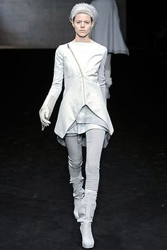Rick Owens Fall 2009 Ready-to-Wear Collection Slideshow on Style.com