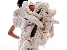 Johan Ku, Emotional Sculpture, knitwear, extreme knits, eco friendly knitwear, eco-friendly textiles, eco-friendly fiber, London eco fashion, chunky knits, wool, knit fashion, crochet fashion, London art events, eco-fashion, sustainable fashion, green fashion, sustainable style