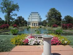 the jewel box forest park -I plan on going back to St. Louis! I really didn't know the city had so much beauty. Definitely a great place to visit. So much historic value.
