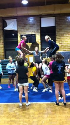 UMD Cheer Back Tuck To High Split Stunt