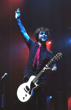 Billie Joe Armstrong from Green Day Best Rock Bands, Cool Bands, Billie Green Day, Green Day Band, Green Day American Idiot, Hello Green, Billy Talent, Jason White, Forever Green