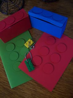 My Little Creative Nook - Lego invitations & party favour boxes