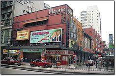 油麻地大華戲院 , 現己改建為大華酒店