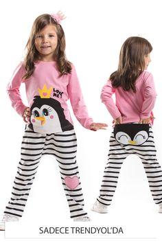 Pembe Kız Çocuk Neşeli Penguen Takım Denokids | Trendyol Girls Pajamas, Pajamas Women, Kids Girls, Baby Kids, Penguin Clothes, Kids Outfits, Summer Outfits, Boys Wear, Pink Girl