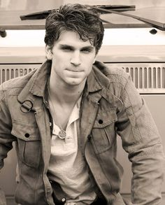 Kegan Allen (Toby) from Pretty Little Liars. Holy smokes... #toby #hotguys #pll