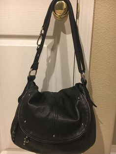 B MAKOWSKY Black Leather Handbag Purse Defect #BMakowsky #ShoulderBag