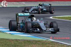 Hamilton aplasta a Rosberg y se hace con la victoria en su propia casa  #F1 #GermanGP