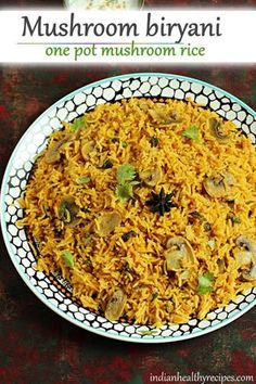 Mushroom biryani made with button mushrooms, basmati rice, spices & herbs. Quick to make for dinner. #mushrooms #mushroombiryani #mushroombiryanirecipe #mushroomrice