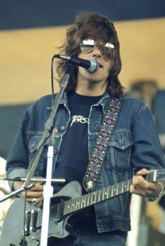 Glenn Frey, so HOT in his shades!!!