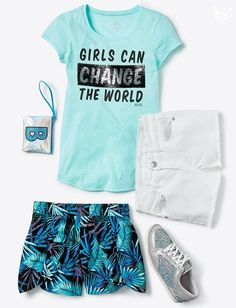 Whether with denim or soft shorts, she sparkles from top to toes. Kids Outfits Girls, Cute Girl Outfits, Girls Fashion Clothes, Dance Outfits, Teen Fashion, Sport Outfits, Cool Outfits, Summer Outfits, Fashion Outfits