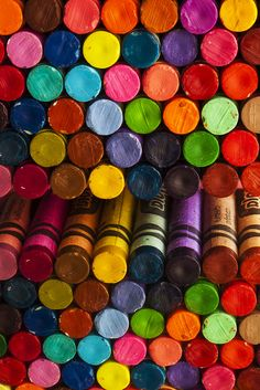 Color crayons, color crayons, color crayons!