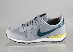 Nike Internationalist leather (base grey / night factor - sail - bright citron)