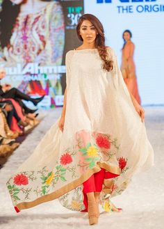 Pakistani Couture Gul-Ahmed-Eid-Collection-2016-2017-at-FPW-London (4)