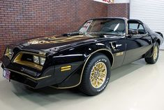 Old cars muscle trans am 19 ideas Custom Muscle Cars, Best Muscle Cars, American Muscle Cars, Cool Car Drawings, Smokey And The Bandit, Pontiac Cars, Convertible, High Performance Cars, Pontiac Firebird Trans Am