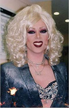 Beautiful Drag Queens | drag for that day or longer whatever a million drag queens working in ...