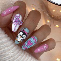 Christmas Nail Art Designs, Winter Nail Designs, Christmas Nails, Christmas Christmas, Beautiful Nail Designs, Cool Nail Designs, Penguin Nail Art, Nail Selection, New Years Eve Nails