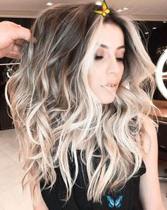 birthday nails My eyes lit up when I saw this cuz I want my hair like this but I also really love my natural hair color soo I only look at pictures and this one is my favorite<br> Older Women Hairstyles, Everyday Hairstyles, Trendy Hairstyles, Wedding Hairstyles, Hairstyles 2018, Pixie Hairstyles, Feathered Hairstyles, Brunette Hairstyles, Updos Hairstyle