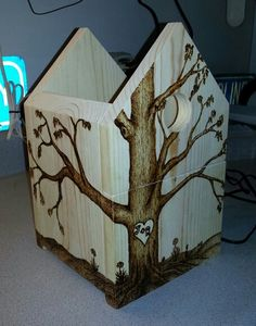 Making a bluebird house for my friends Johnny & Rosalia. ♥