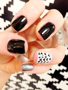 Valentine's Day nails done at Kim Vo Salon inside Palms Casino Resort in #Vegas!