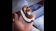Sapatinho ICARO de crochê - Tamanho 09 cm - Crochet Baby Yara Nascimento...