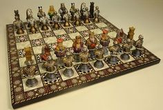 """MEDIEVAL TIMES CRUSADES BUSTS PAINTED CHESS SET 14"""" MOSAIC DESIGN BOARD KNIGHT"""