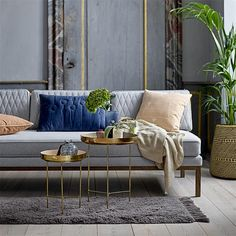 Weekly sales of unseen design and decoration brands at exclusive discounts. Coffee Table To Dining Table, Dining Table Lighting, Design Shop, Salons Rectangulaires, Tall Side Table, Side Tables, Glass Floor Lamp, Glass Food Storage, Gold Kitchen