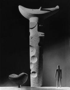 Isamu Noguchi's Iconic Work On View at New York Exhibition - Modern Faux Granite Countertops, Granite Paint, Painting Countertops, Granite Coffee Table, Kennedy Airport, Isamu Noguchi, Interior Design Magazine, Museum, Kitchen On A Budget