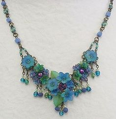 acrylic Lucite flower necklace Colleen Toland Online Boutique - July 13 2019 at Wire Jewelry, Jewelry Crafts, Beaded Jewelry, Jewelery, Beaded Necklace, Jewelry Necklaces, Flower Necklace, Flower Jewelry, Peacock Jewelry