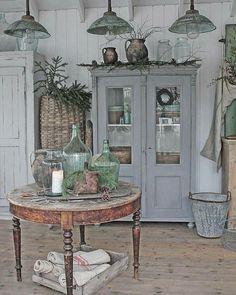 Måla möbler med Miss Mustard Seed's Milk Paint. Vibeke Design.