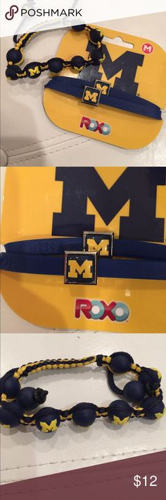 U Mich bracelet bundle!! For all you UMich fans out there these are super cute!! Jewelry Bracelets