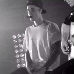 June Justin Bieber performing at the Calvin Klein event in Hong Kong Justin Bieber Concert, Justin Bieber Gif, One Time, Acoustic, Hong Kong, Singing, Calvin Klein, Feels, June