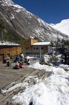 Lodges at Dhukure Pokhari, trekking, Annapurna Circuit by Dey, via Flickr