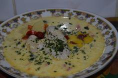 Retete de ciorbe si supe Romanian Food, Romanian Recipes, Supe, Cheeseburger Chowder, Oatmeal, Eggs, Breakfast, Dinner, The Oatmeal